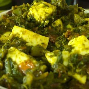 Easy Homemade Healthy Palak Paneer Capsicum Curry. Delicious cubes of cottage cheese cooked in soft spinach and onion tomato gravy. Fresh, Green, Nutritious