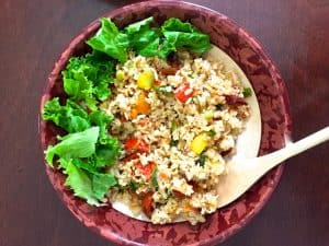 Brown rice salad with roasted tomatoes
